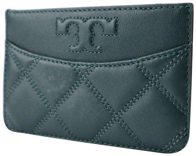 Item - Savannah Quilted Zip Card Case Green Leather Clutch