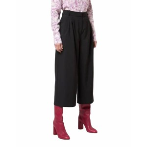 Item - Black Stella Edith Pleated Culottes Capris