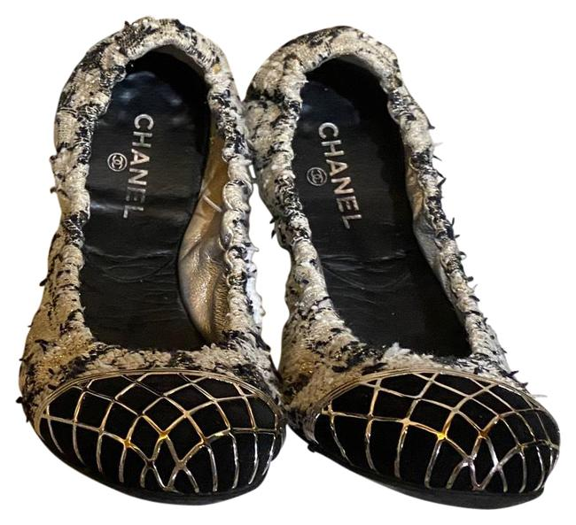 Item - Black and White Flats Size EU 39 (Approx. US 9) Regular (M, B)
