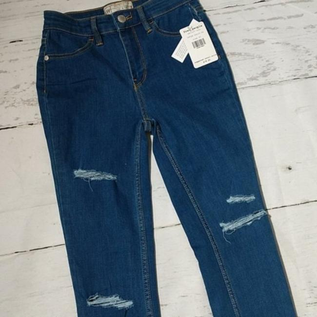 Free People Blue Distressed Destroyed Long and Lean Jeggings Skinny Jeans Size 25 (2, XS) Free People Blue Distressed Destroyed Long and Lean Jeggings Skinny Jeans Size 25 (2, XS) Image 2