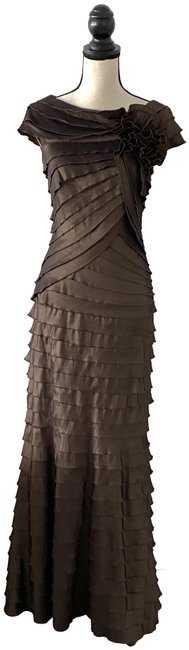 Item - Brown Layered Flower Detail Gown Long Formal Dress Size 6 (S)