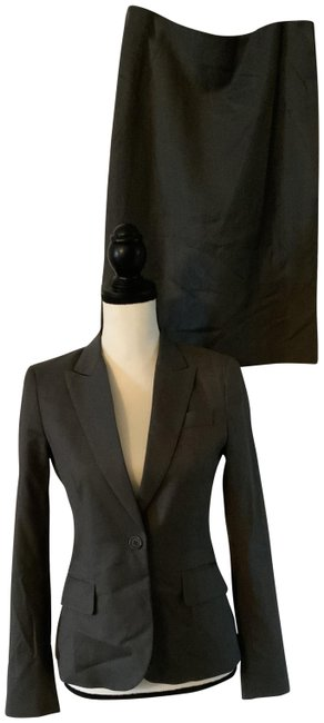 Item - Gray Skirt Suit Size 2 (XS)