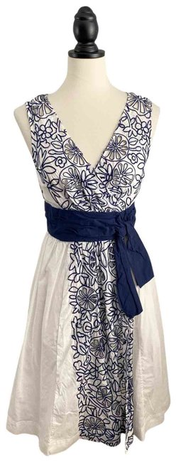 Item - Cutout Crochet Embroidered Short Cocktail Dress Size 4 (S)