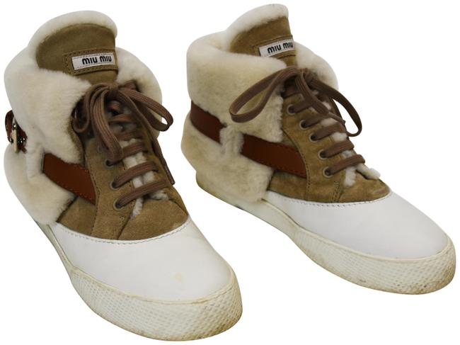 Item - White & Tan Shearling High Top Sneakers Boots/Booties Size US 9 Regular (M, B)