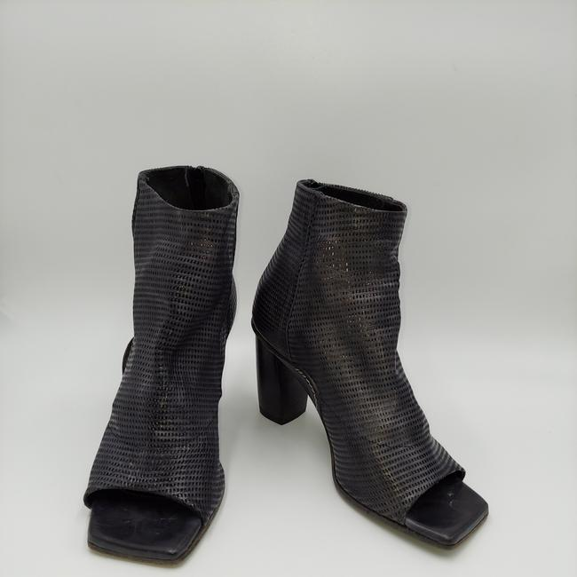Item - Gray Perforated Leather Open Toe Ankle Boots/Booties Size EU 37 (Approx. US 7) Regular (M, B)