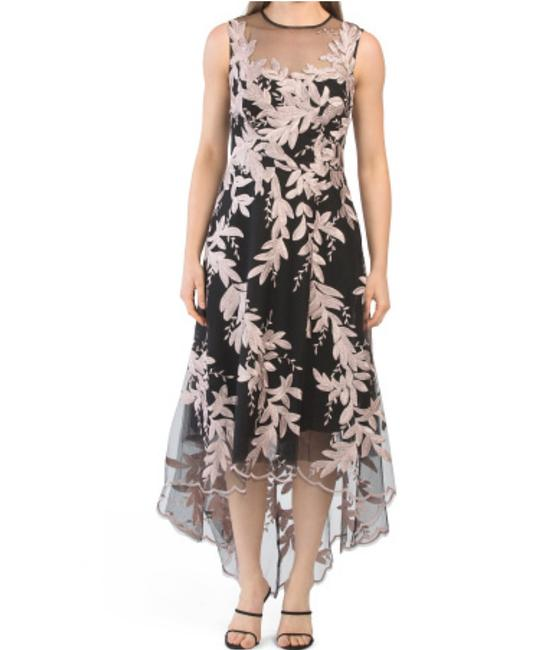 Item - Embroidered Mid-length Cocktail Dress Size 18 (XL, Plus 0x)