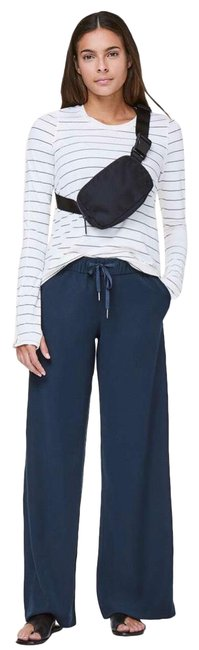 Item - Blue On The Fly Pants Size 2 (XS, 26)