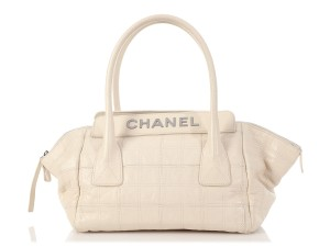 Item - Cream Chocolate Bar-quilted Distressed Off-white Calfskin Leather Shoulder Bag