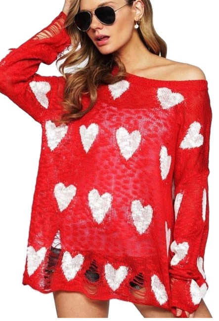 Item - Hearts Distressed Red with White Sweater