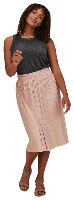 Item - Pink Accordion Pleated Skirt Size 22 (Plus 2x)