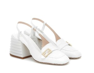 Item - White Promenade Crocodile-effect Slingback Loafers Sandals Pumps