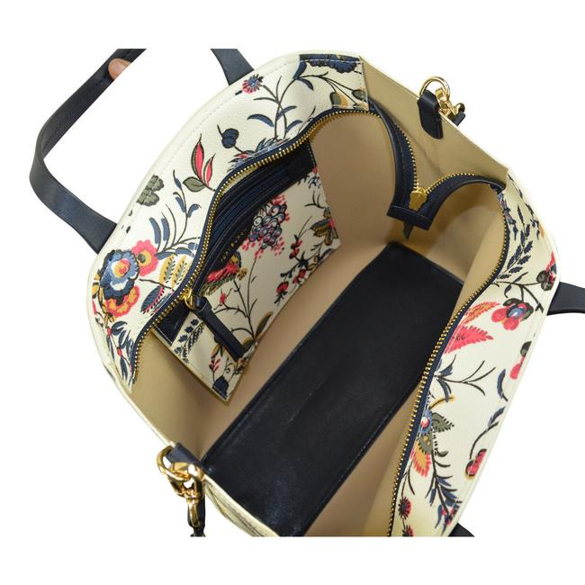 Tory Burch Kerrington Small Zip In Gabriella Floral Ivory Coated Canvas Tote Tory Burch Kerrington Small Zip In Gabriella Floral Ivory Coated Canvas Tote Image 5