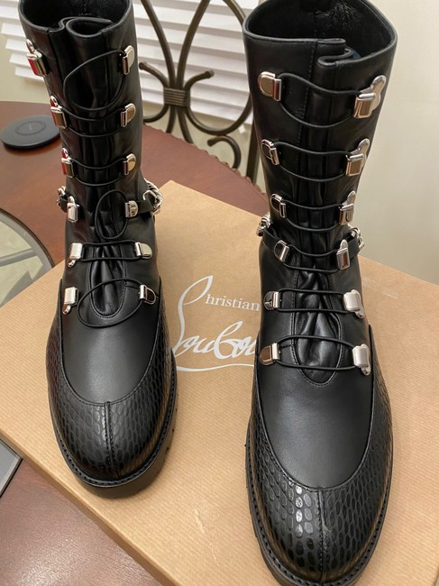 Christian Louboutin Black/Silver Horse Gaurda Mixed Leather Combat Boots/Booties Size US 8 Regular (M, B) Christian Louboutin Black/Silver Horse Gaurda Mixed Leather Combat Boots/Booties Size US 8 Regular (M, B) Image 3