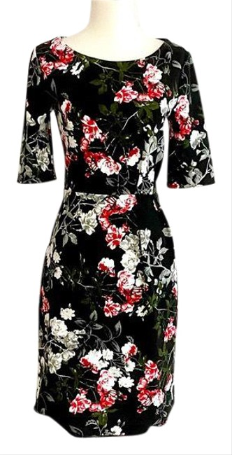 Item - Black Short Sleeve Rose Floral Mid-length Work/Office Dress Size 0 (XS)
