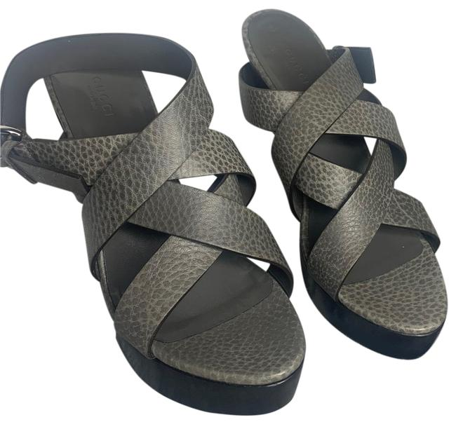Item - Gray Sandals Size US 8 Regular (M, B)