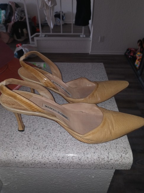 Item - Yellow Sling Backs Pumps Size US 8 Regular (M, B)