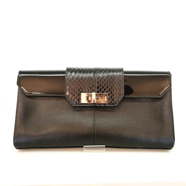 Item - With Silver Clousure Black Leather Clutch