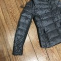 BCBGMAXAZRIA Gray Lilly Down Waterfowl Feather Packable Puffer Coat Size 6 (S) BCBGMAXAZRIA Gray Lilly Down Waterfowl Feather Packable Puffer Coat Size 6 (S) Image 7