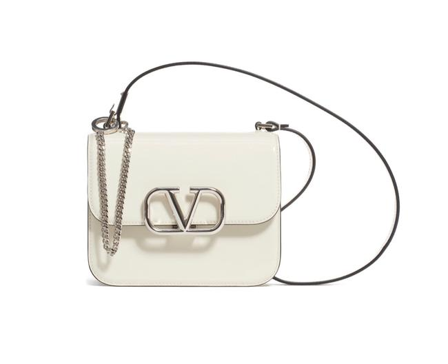 Item - Shoulder Small Vsling Shiny Light Ivory Calfskin Leather Cross Body Bag