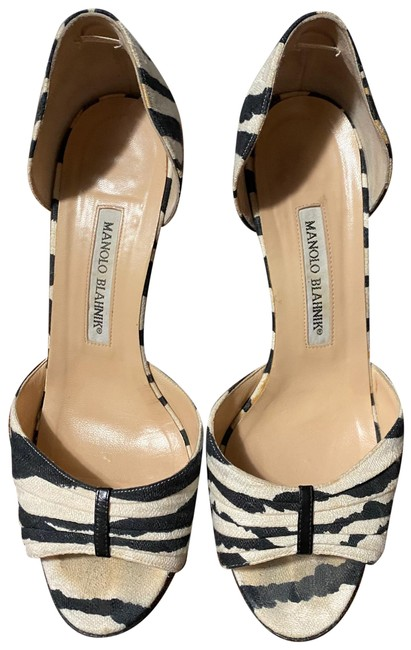 Item - Black and White D'orsay Pumps Size EU 38 (Approx. US 8) Regular (M, B)