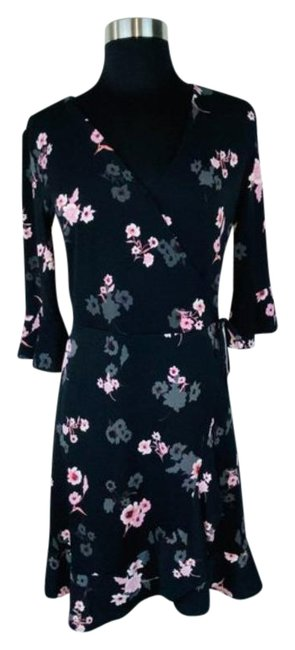 Item - Black Pink Floral Faux Wrap Ruffle Mid-length Short Casual Dress Size 4 (S)