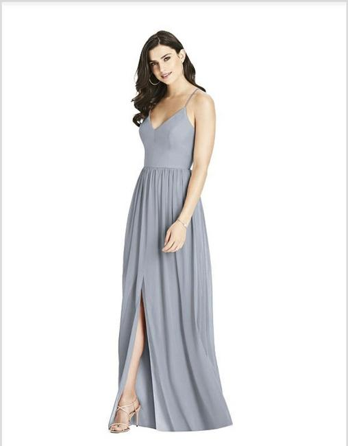 Item - Platinum Lux Chiffon Criss Cross Strap Backless In Traditional Bridesmaid/Mob Dress Size 4 (S)
