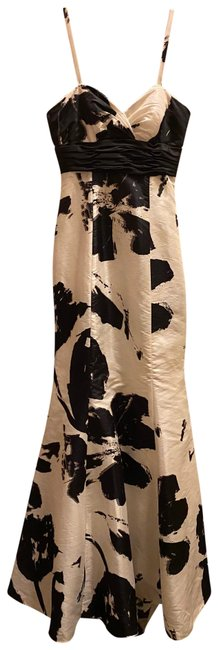 Item - Black and White Mermaid Gown Long Formal Dress Size 2 (XS)