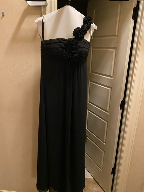 Item - Black Polyester Chiffon One Shoulder Floral Strap Traditional Bridesmaid/Mob Dress Size 2 (XS)