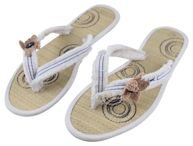 Item - White Canvas Flip Flops Flats Size US 9.5 Regular (M, B)