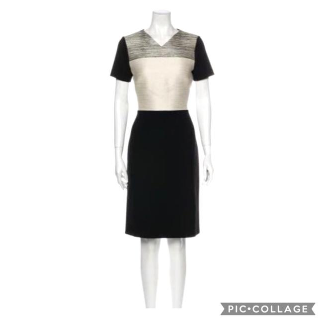 Item - Black and Cream and Gray V Neck Short Sleeve Sheath Mid-length Work/Office Dress Size 8 (M)