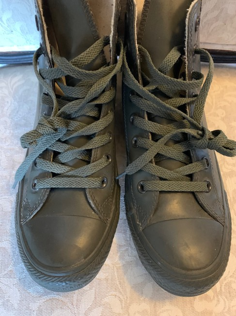 Converse Olive Green 144743c Boots/Booties Size US 9 Regular (M, B) Converse Olive Green 144743c Boots/Booties Size US 9 Regular (M, B) Image 2