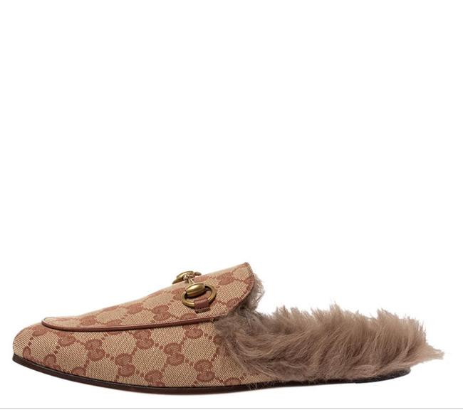 Item - Beige / Brown Gg Print Beige/Brown Canvas and Fur Lined Princetown Flat Mules/Slides Size EU 35.5 (Approx. US 5.5) Regular (M, B)