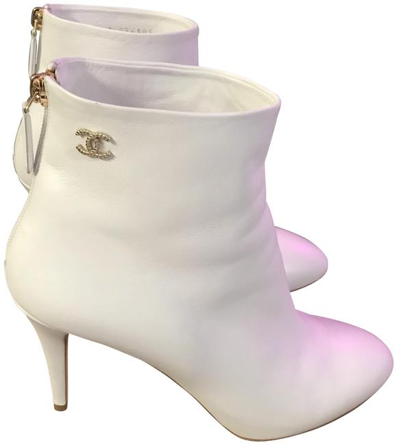 Item - White 19cc Boots/Booties Size EU 39.5 (Approx. US 9.5) Regular (M, B)