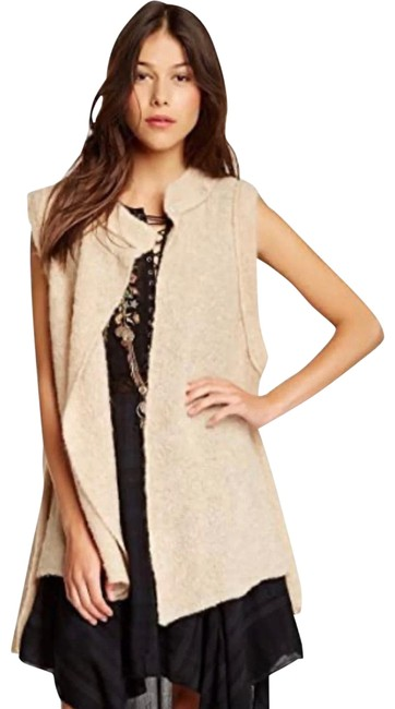 Item - Beige Stand Deliver Wool Poncho/Cape Size 2 (XS)