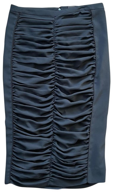 Item - Rouched Pencil Skirt Size 4 (S, 27)