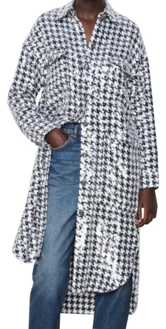 Item - White Houndstooth Limited Edition Sequin Knit Overshirt Coat Size 2 (XS)