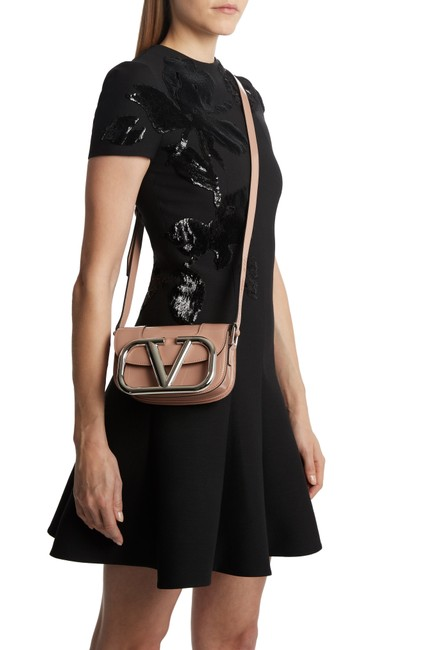 Item - Small Supervee Rose Cannelle Patent Leather Cross Body Bag