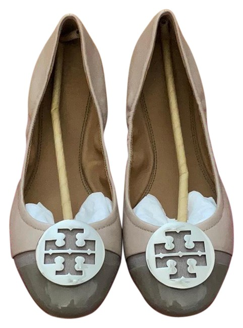 Item - Grey Minnie Cap-toe Ballet Flats Size US 9.5 Regular (M, B)