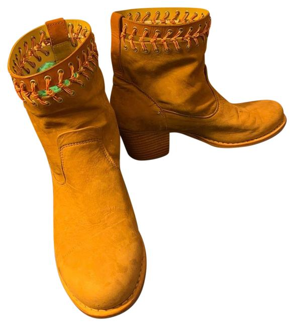Item - Tan Suede Ankle Boots/Booties Size US 8.5 Regular (M, B)