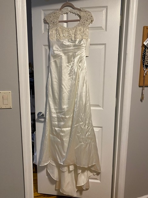 Item - Ivory Satin Gown Vintage Wedding Dress Size Petite 2 (XS)