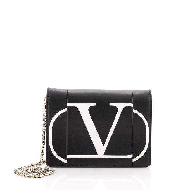 Item - Vlogo Chain Black White Leather Cross Body Bag