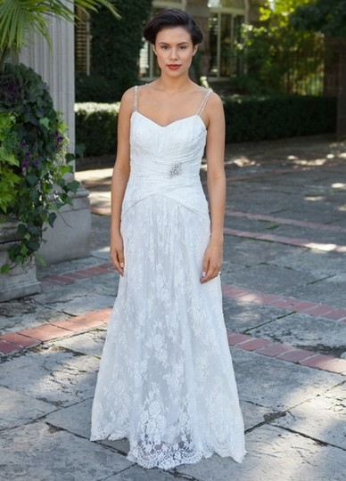 Lea-Ann Belter Off White Lace/Silk Duchess and Charmeuse Imogene Vintage Wedding Dress Size 6 (S)