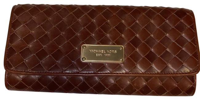 Item - Large 30h81nwc3g Brown Leather Clutch