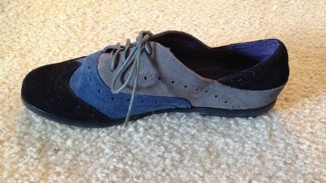 Item - Tri-color Black Blue and Gray Flats Size US 8.5 Regular (M, B)