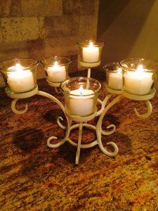Candela White Centerpiece with Tea Lights Votive/Candle