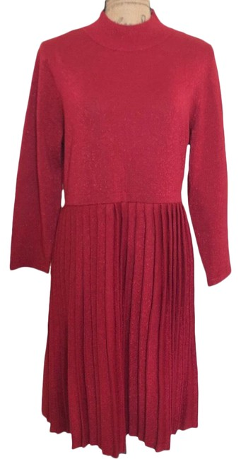 Item - Red . Mid-length Night Out Dress Size 16 (XL, Plus 0x)