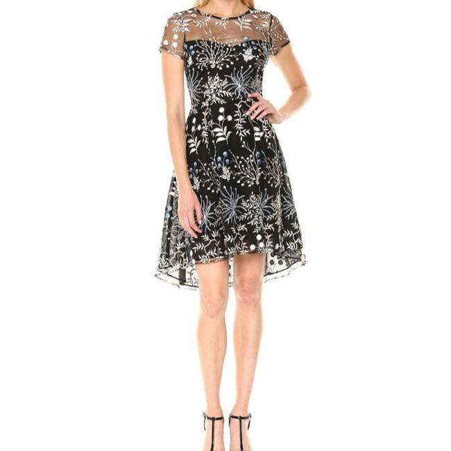 Item - Blue Women's Floral Embroidered Cocktail Dress Size 4 (S)
