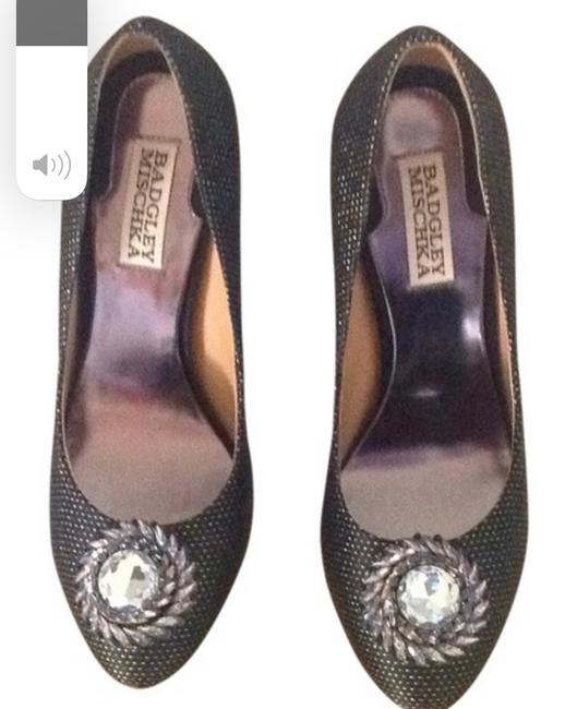 Item - Black and Gold I Never Worn Them Pumps Size US 7 Narrow (Aa, N)