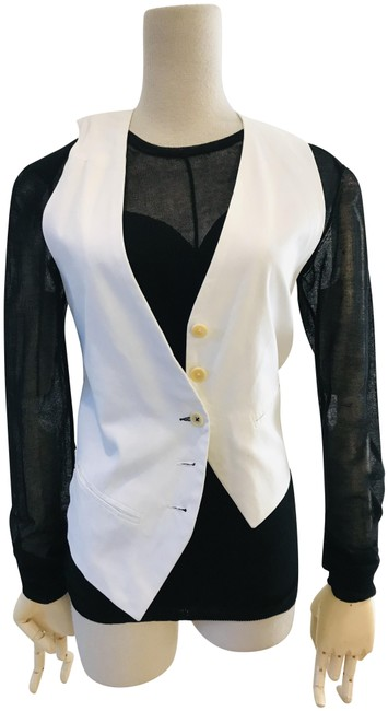 Item - White Assymeterical Vest Size 2 (XS)