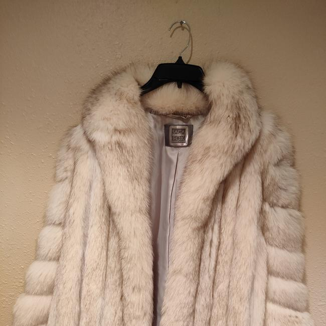 Item - Off White with Hues Of Brown 3007 Coat Size 12 (L)